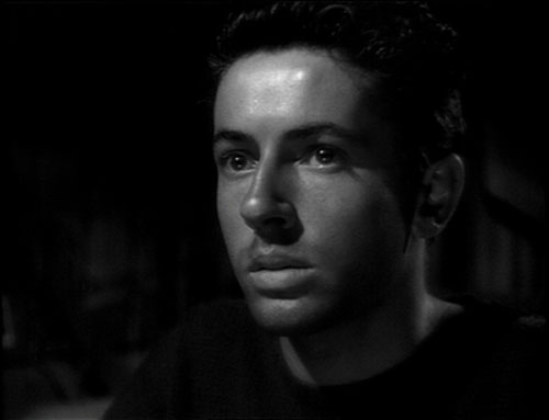 a-nicholas-ray-they-live-by-night-dvd-review-pdvd_011.jpg