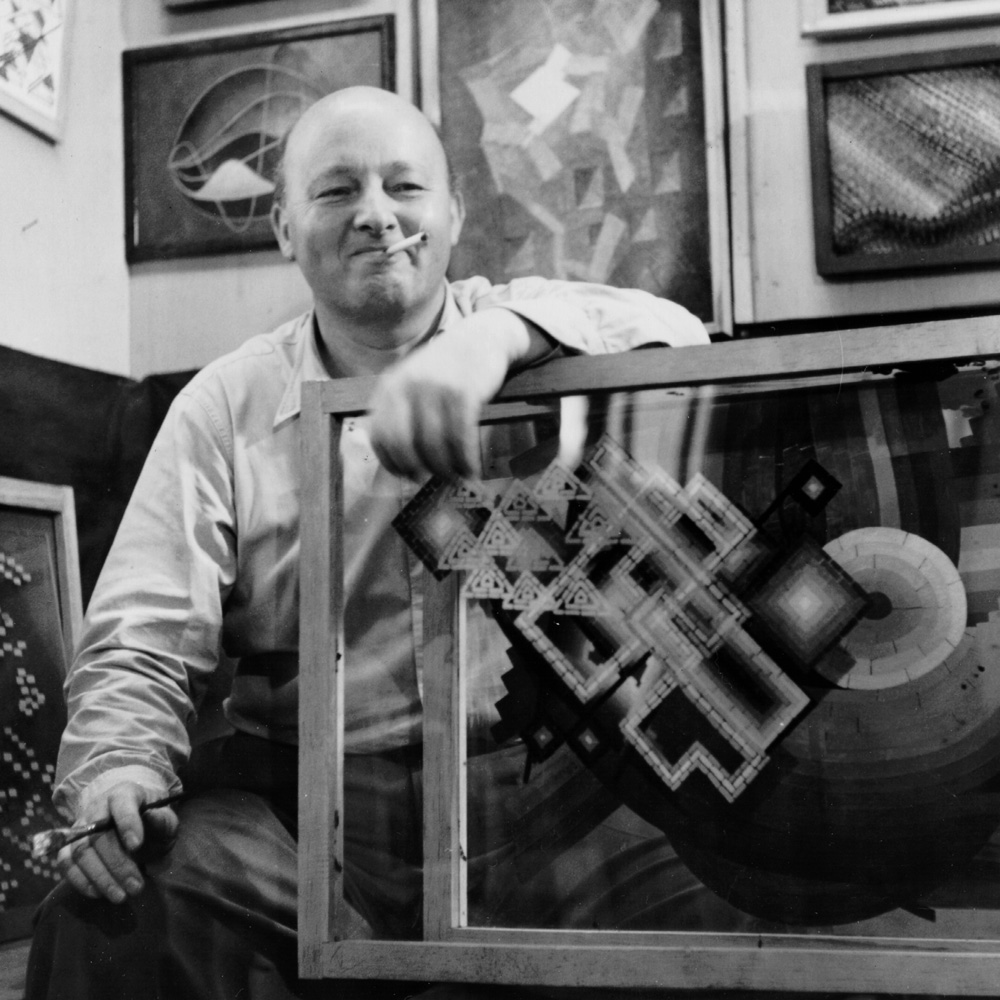 oskar-fischinger-in-his-hollywood-studio-with-panels-from-motion-painting-no-1-1947_72dpi1000pxsq.jpg
