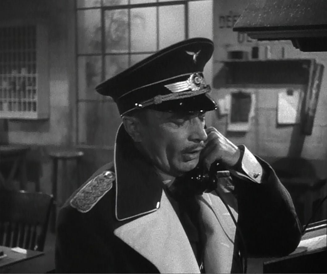 casablanca-death-of-strasser.jpg